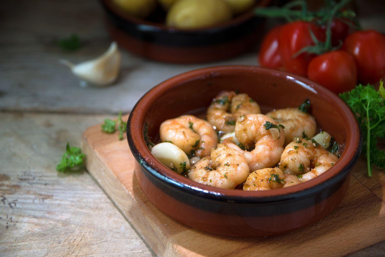 Garlic shrimp tapa