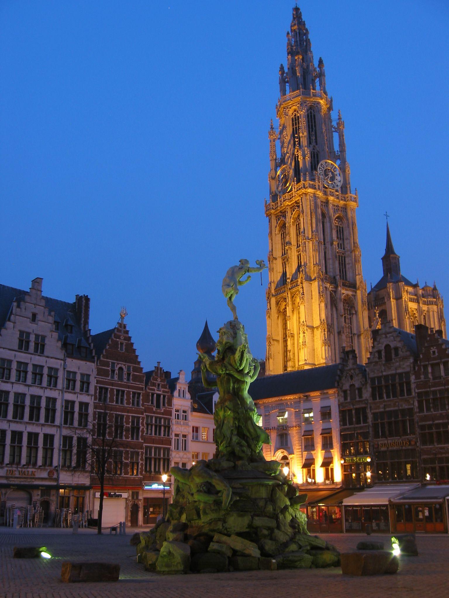 Gay Travel Guide Brussels │misterb&b - misterbandb.com