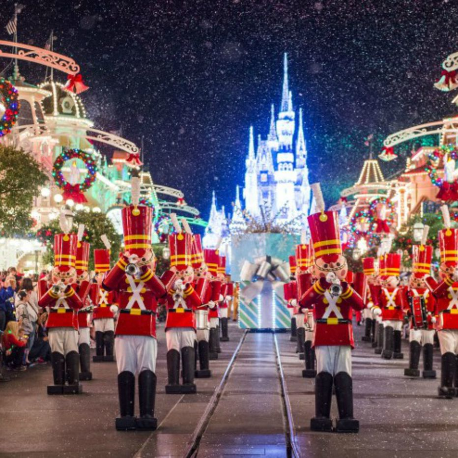 Walt Disney World Christmas.Christmas At Disney World By The Numbers