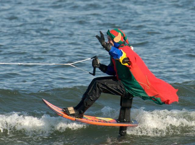 Water-skiing Elf