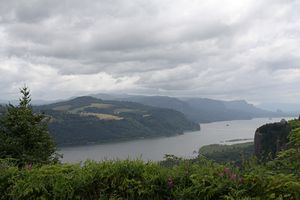 View of the Columbia River Gorge from Chanticleer Point on Oregon