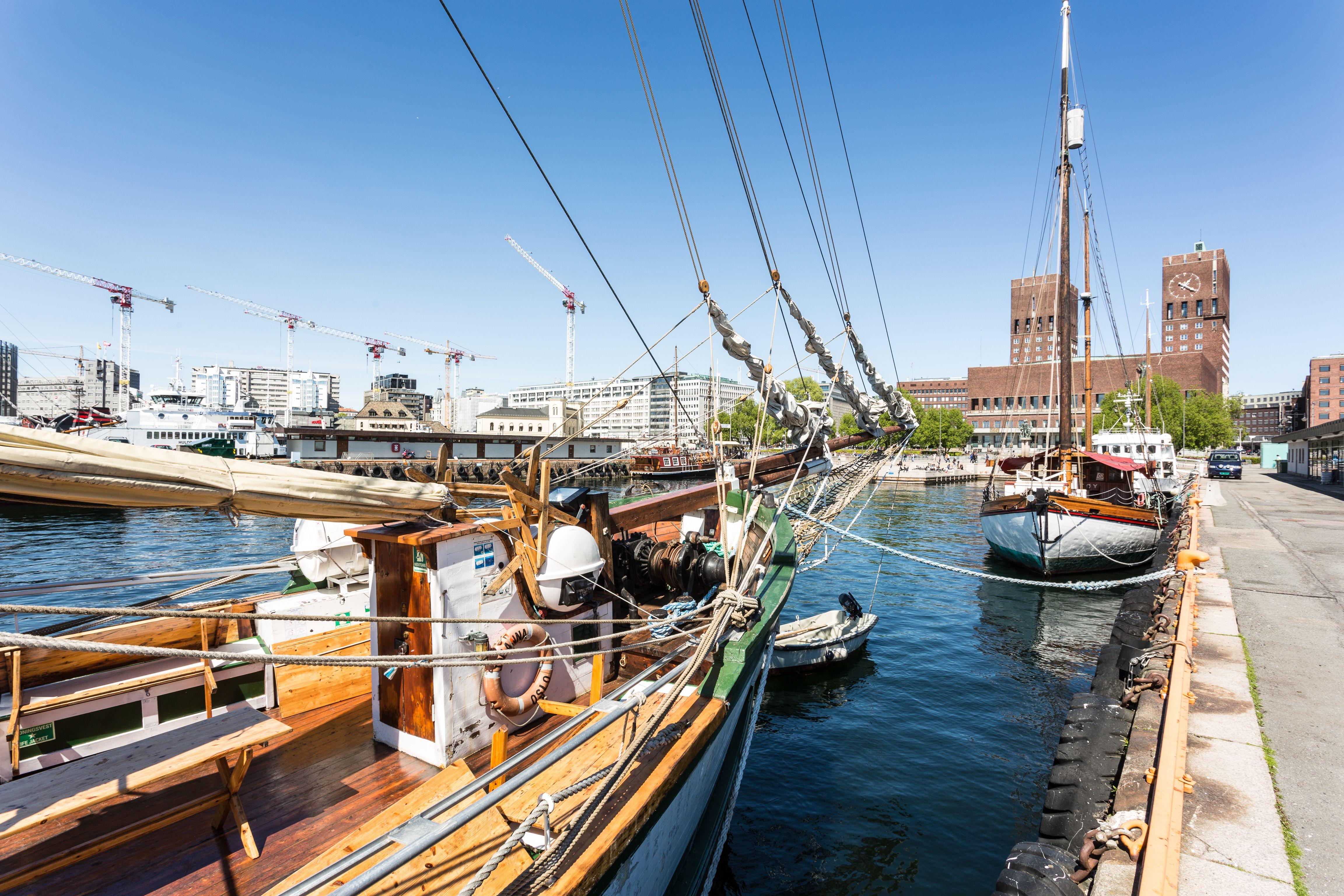 Puerto de Oslo en la capital de Noruega