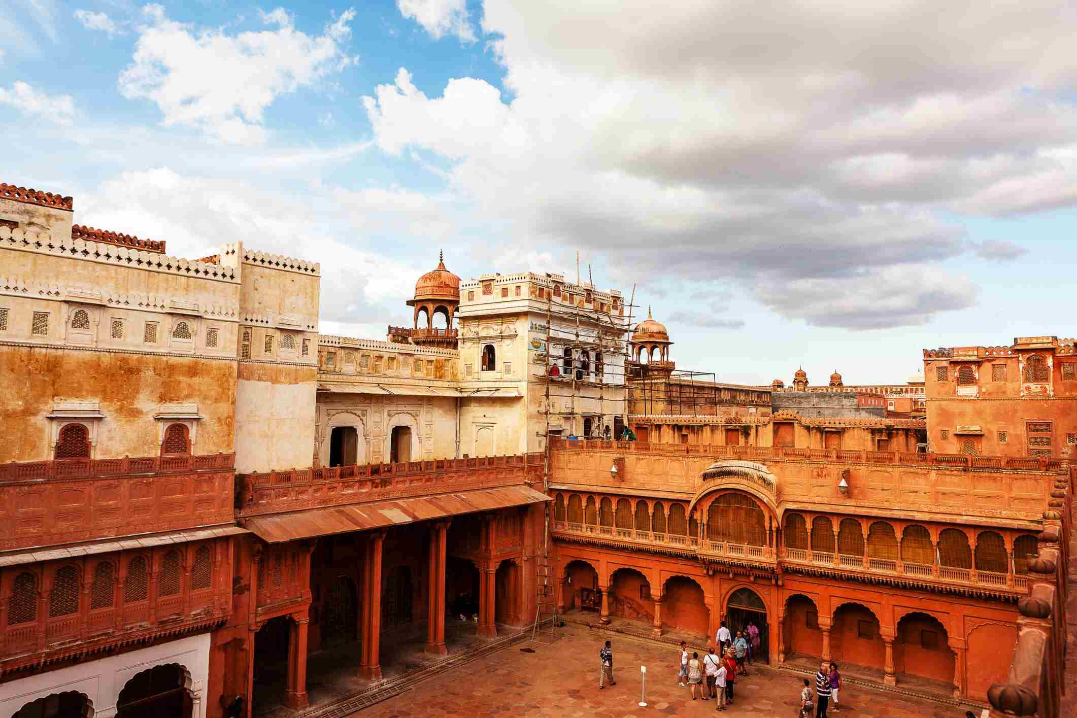 Main courtyard of Bikaner fort