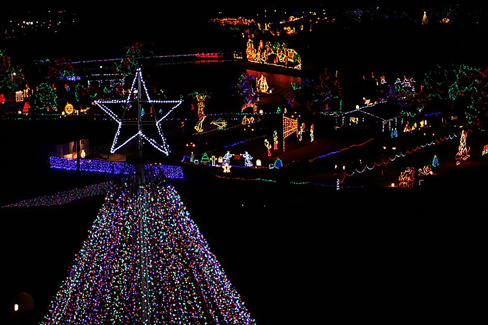 Must-See Christmas Lights in Oklahoma City