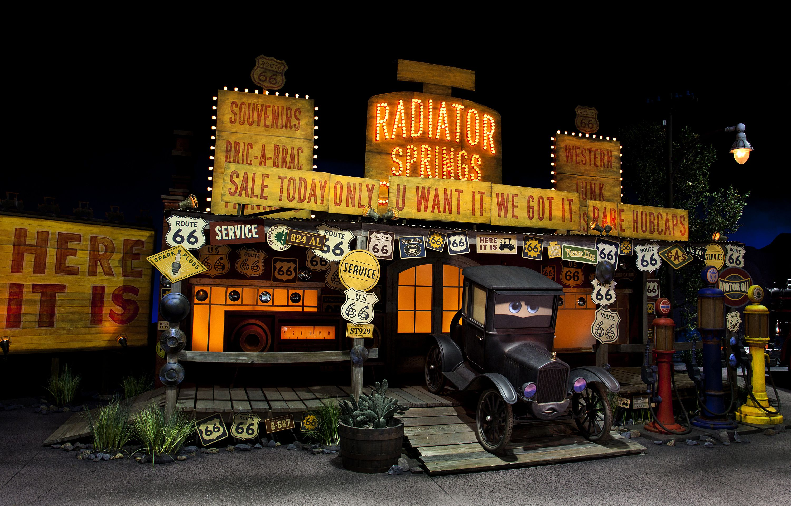 Radiator Springs Racers - Review of the Disneyland Ride