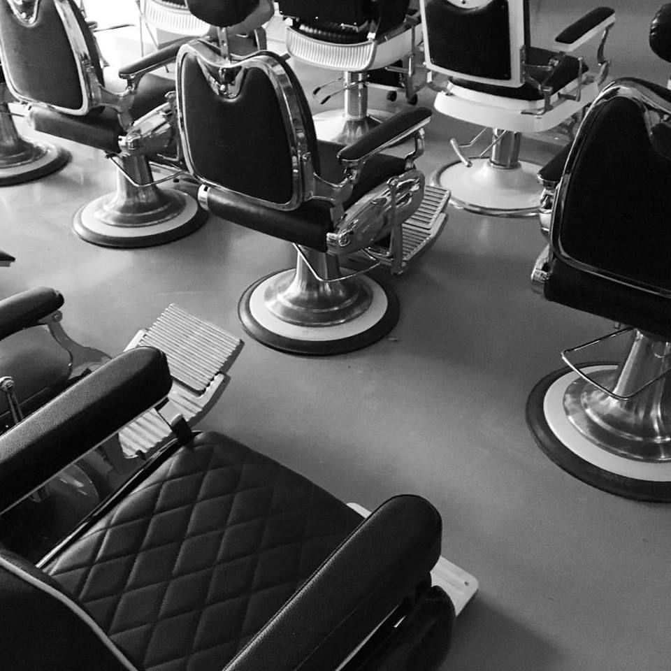 This South Side Barbershop Is Famous For Servicing President Obama