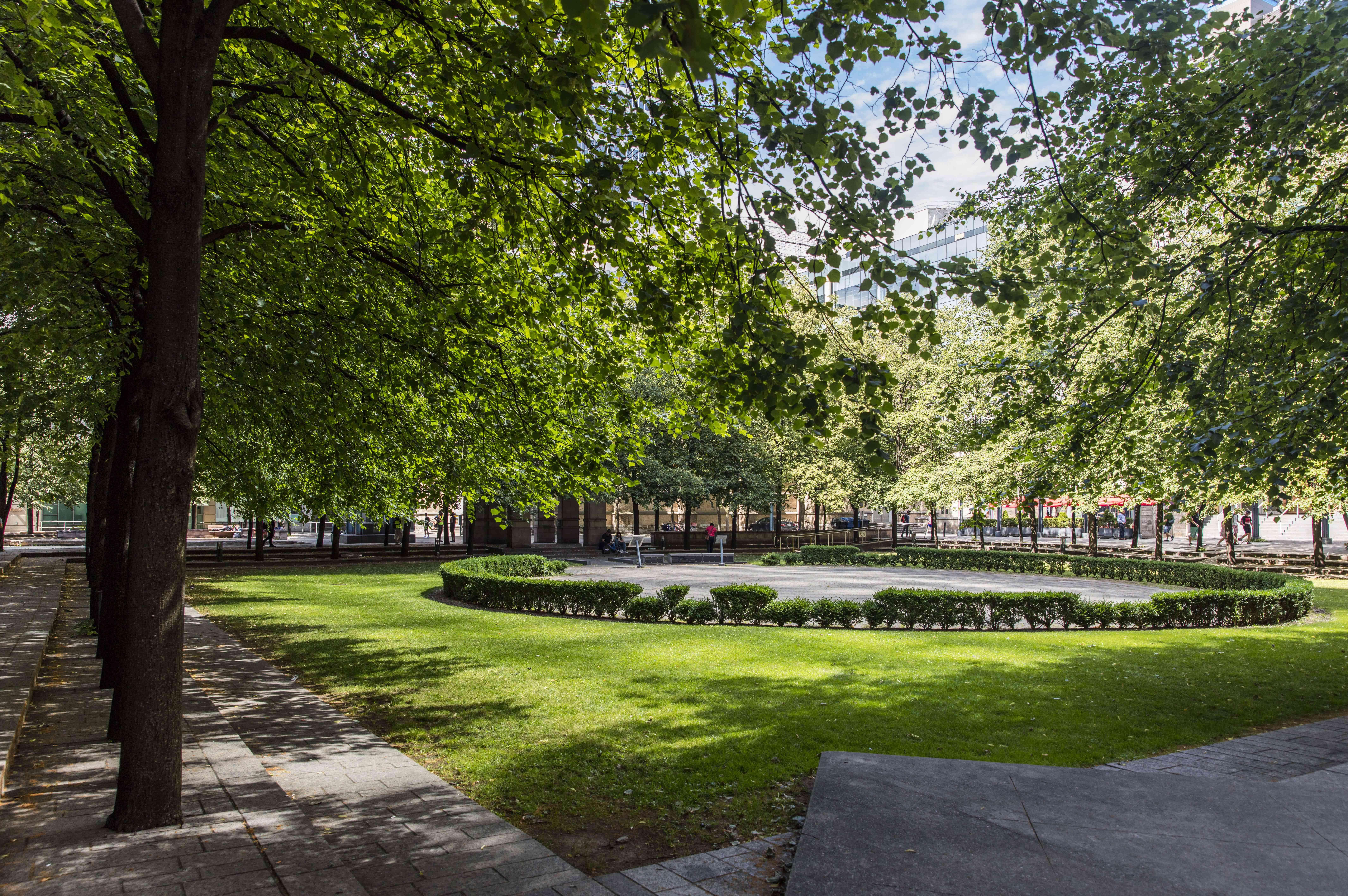 Toronto Public Labyrinth at Trinity Square