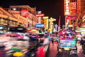 Bangkok Chinatown Traffic at night