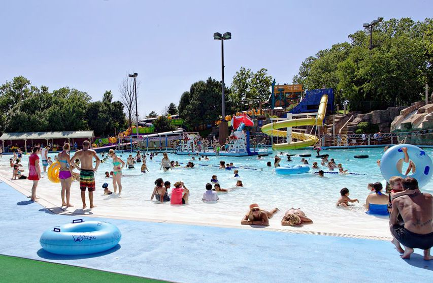Oklahoma water park White Water Bay