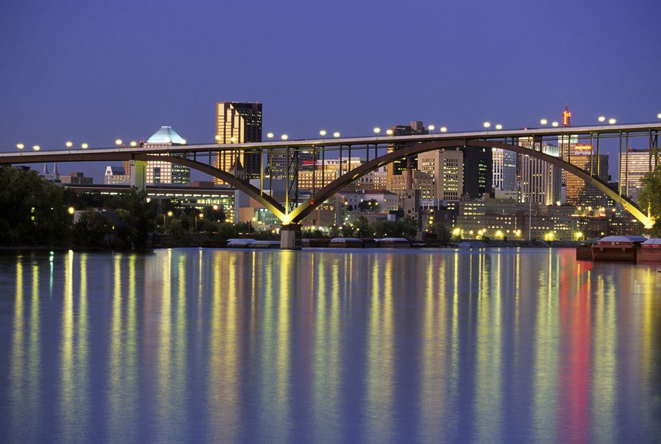 Minnesota, St. Paul skyline and Smith Avenue / High Bridge on Mississippi River