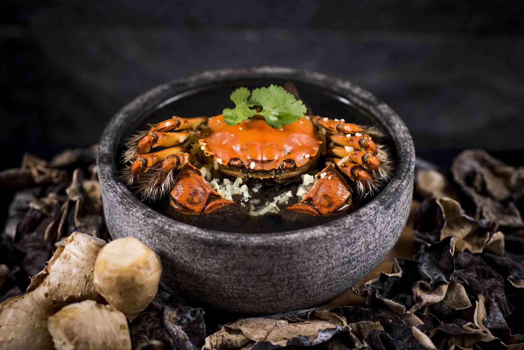 Steam hairy crab