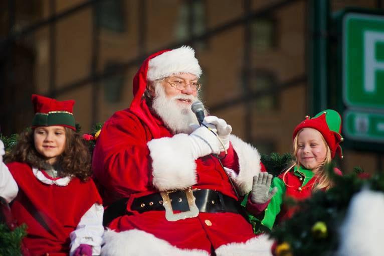 rogers santa claus parade 56a9bb115f9b58b7d0fe7218 jpg