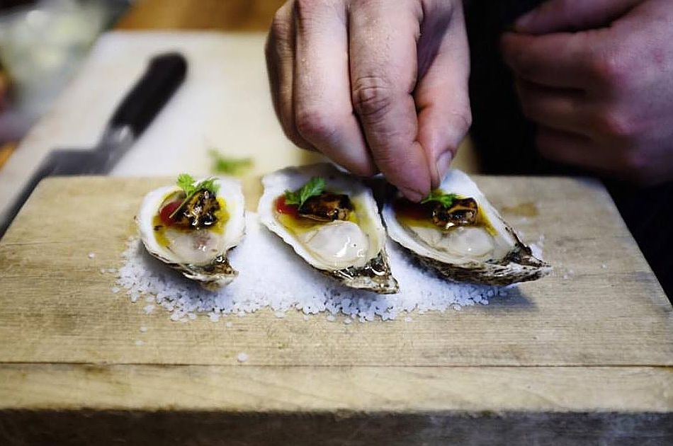 Barroco serves oysters as appetizers in addition to charcuterie and foie gras.