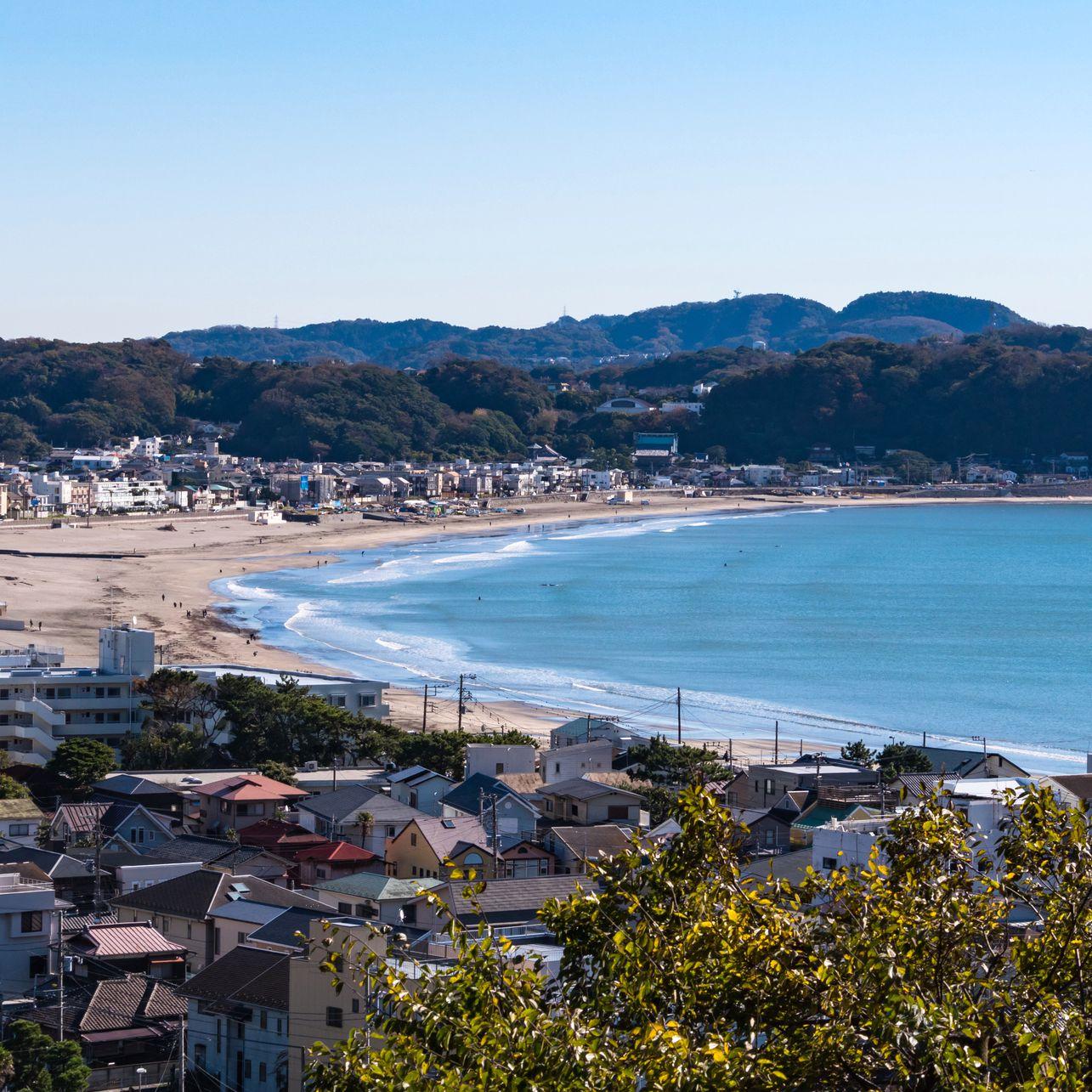 Where to Have a Beach Day Near Tokyo