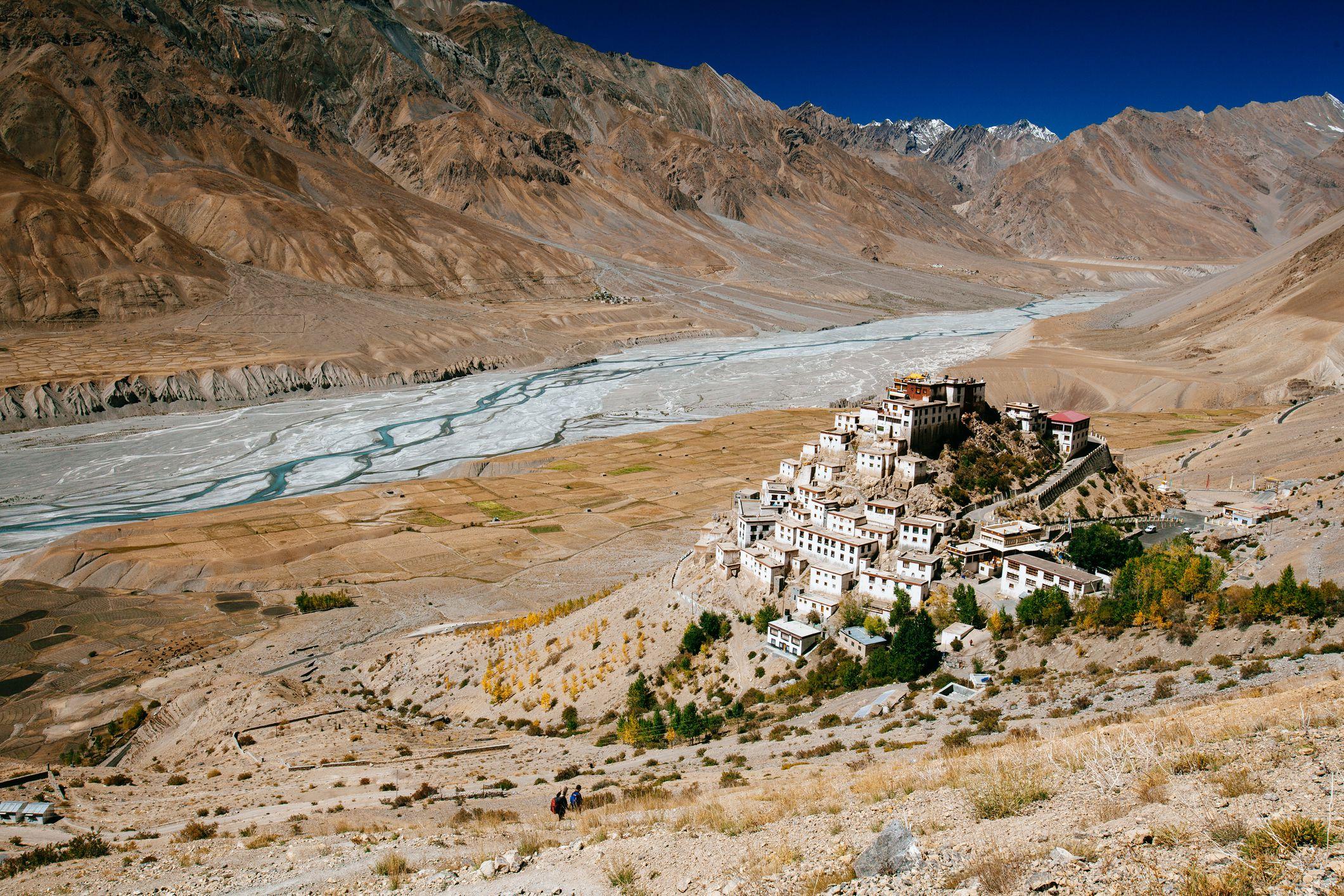 10 Mindblowing Buddhist Monasteries in India