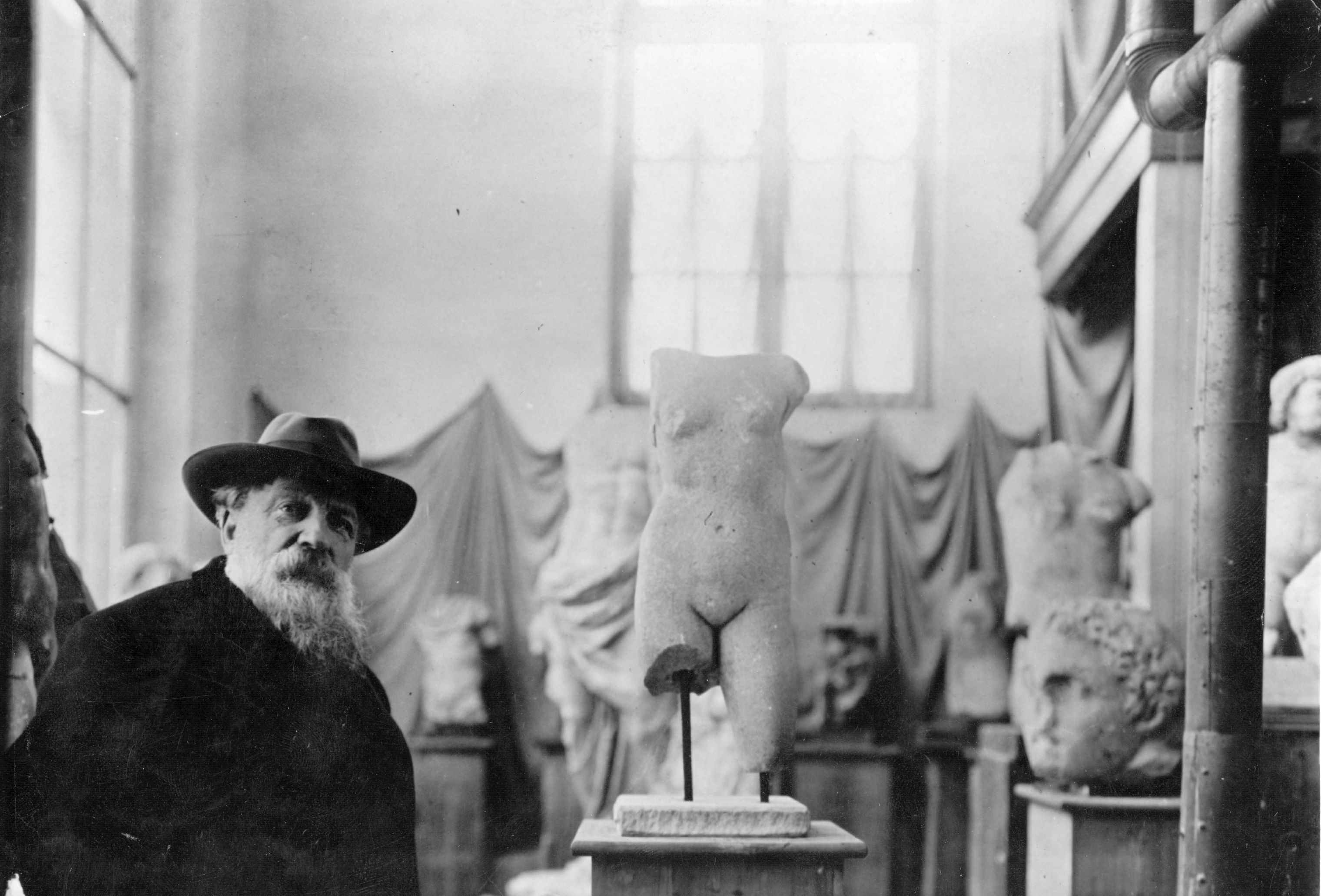 A Complete Guide to the Rodin Museum in Paris