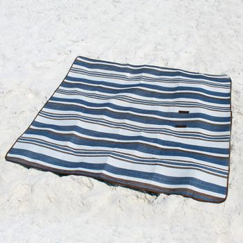 The 7 Best Beach Blankets Of 2020