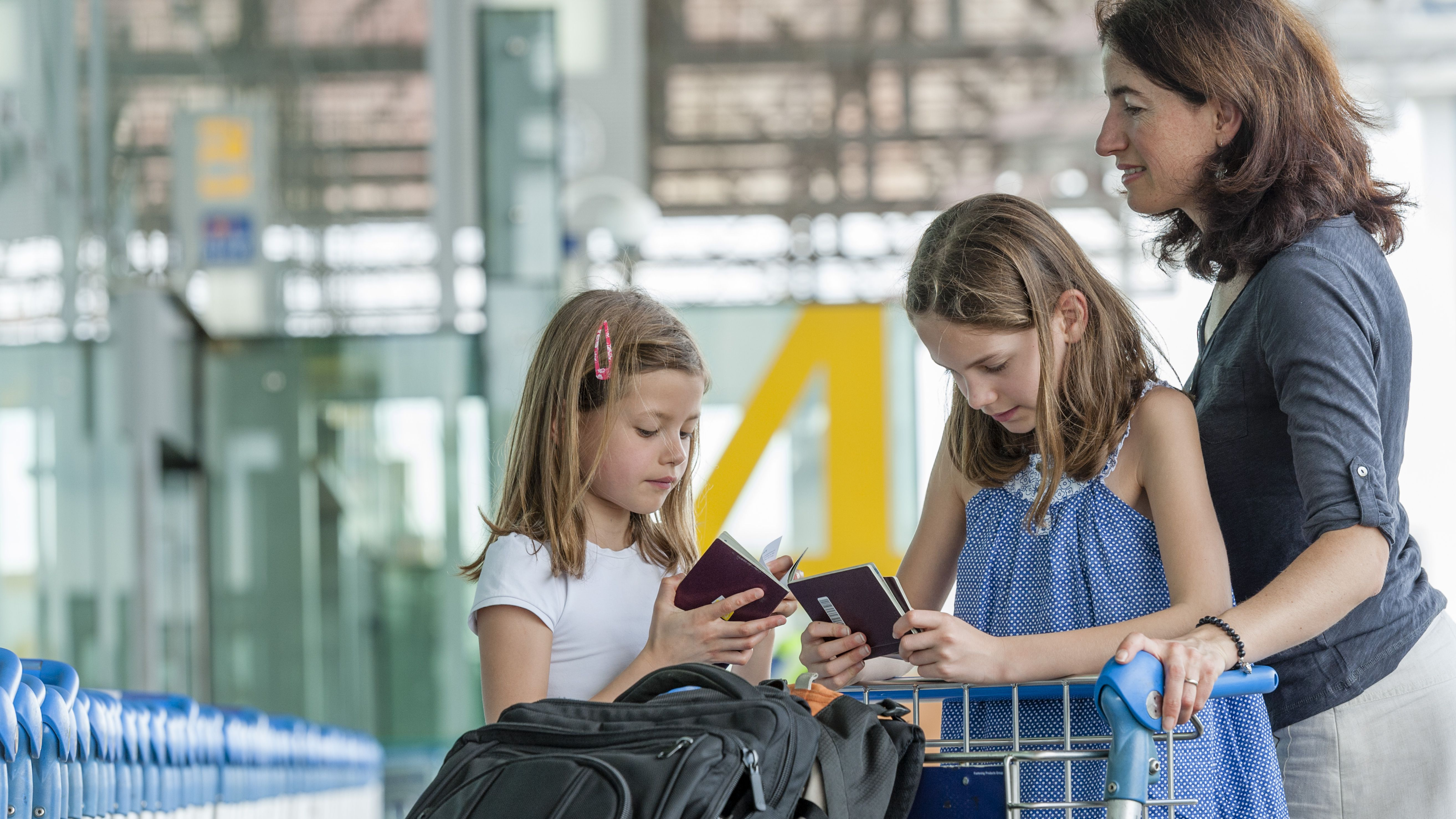 Kids Passport Rules That Single Parents Need to Know