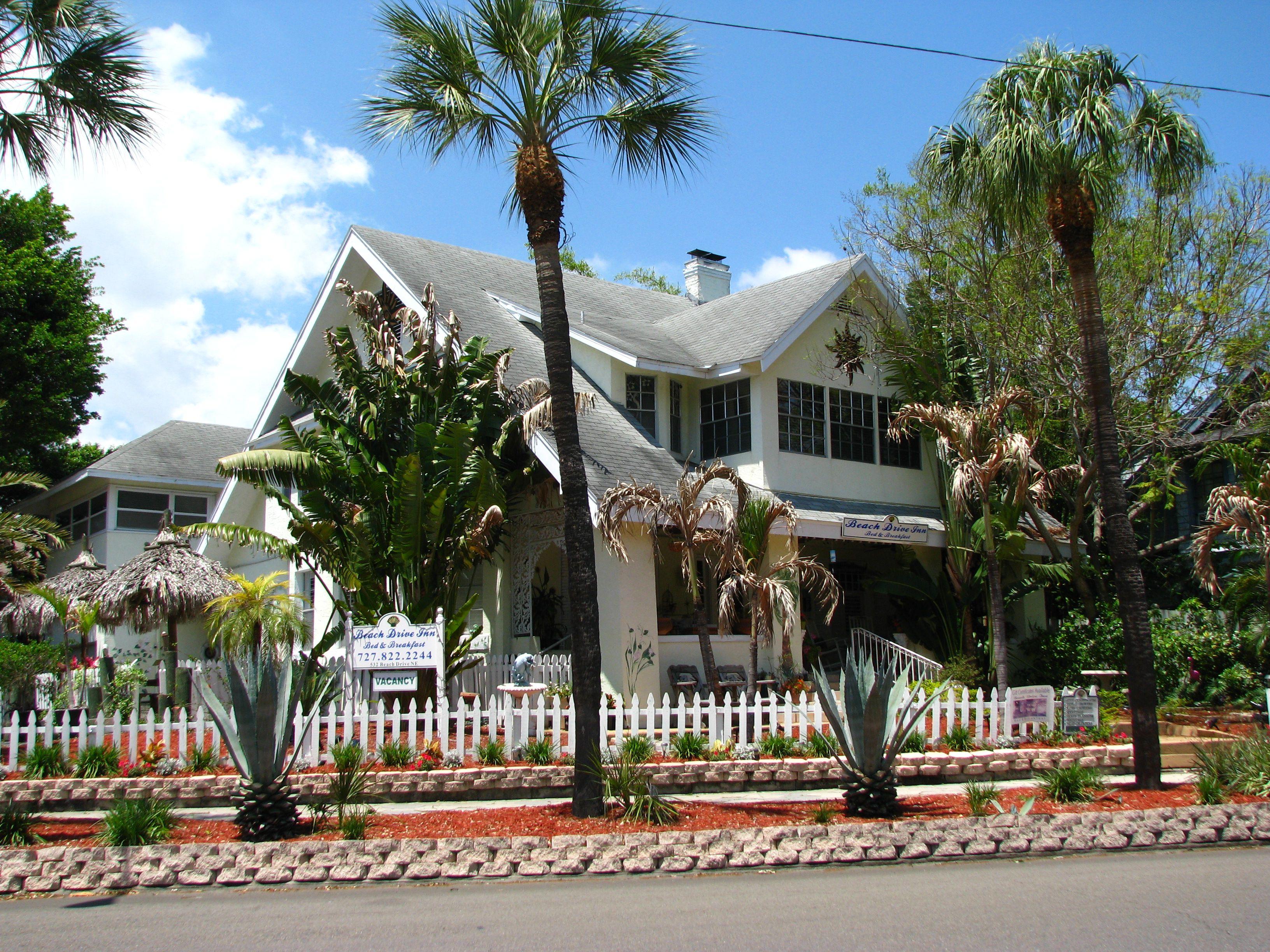 gay resorts in st petersburg florida