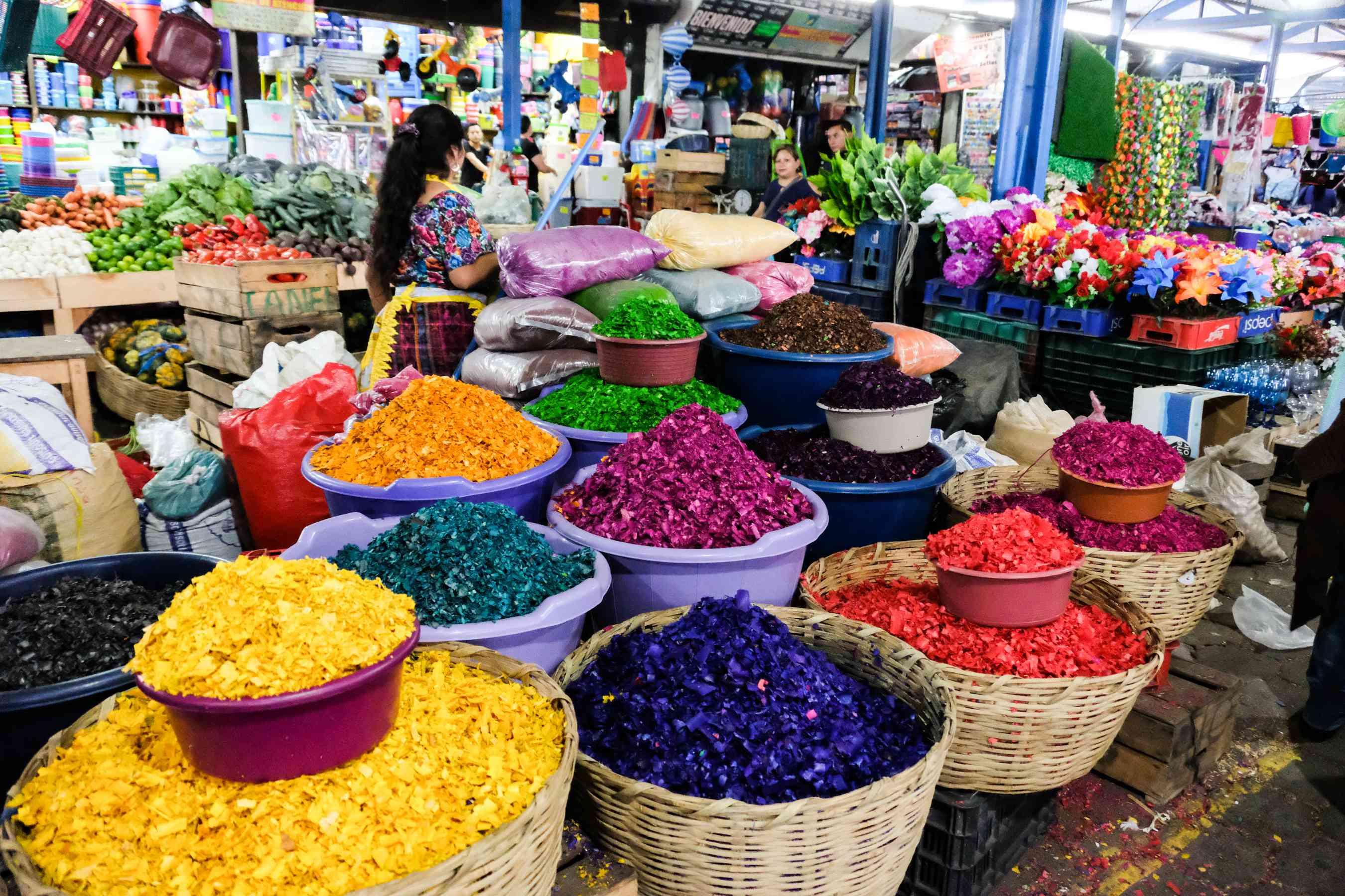 Vendors at a market in Antigua
