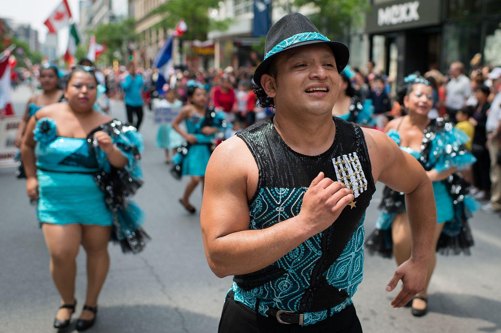 defile noel montreal 2018 Canada Day Parade Montreal 2018: Défilé Fête du Canada defile noel montreal 2018
