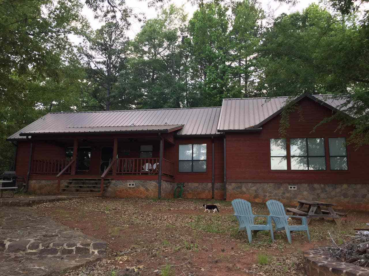 Three-Bedroom Lake Cabin Near Ben Wheeler