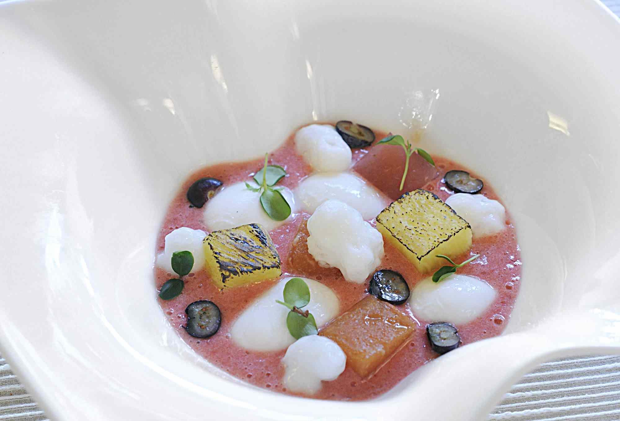 Artfully plated dessert at Ristorante Miky, Monterosso al Mare