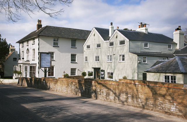 The White Cliffs Hotel And The Cliffe Pub Kitchen