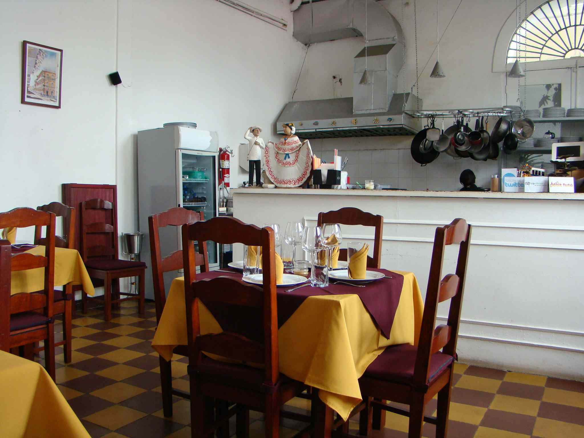 Panama City offers visitors a number of smaller restaurants providing quality dining.