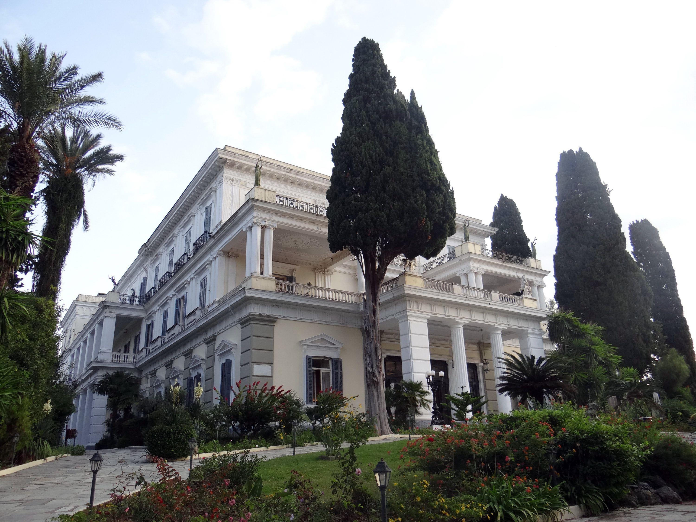 Palacio Achilleion en Corfú, Grecia