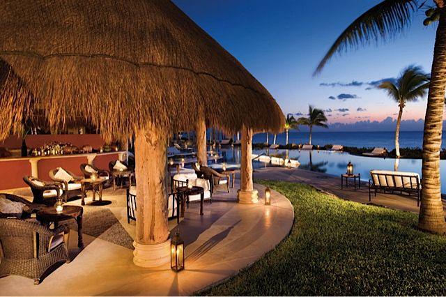 Zoetry Riviera Maya hotel