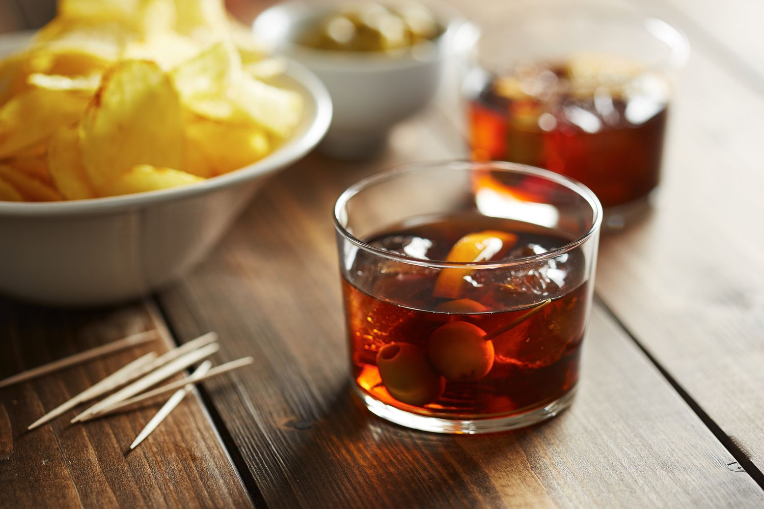 vermouth and potato chips