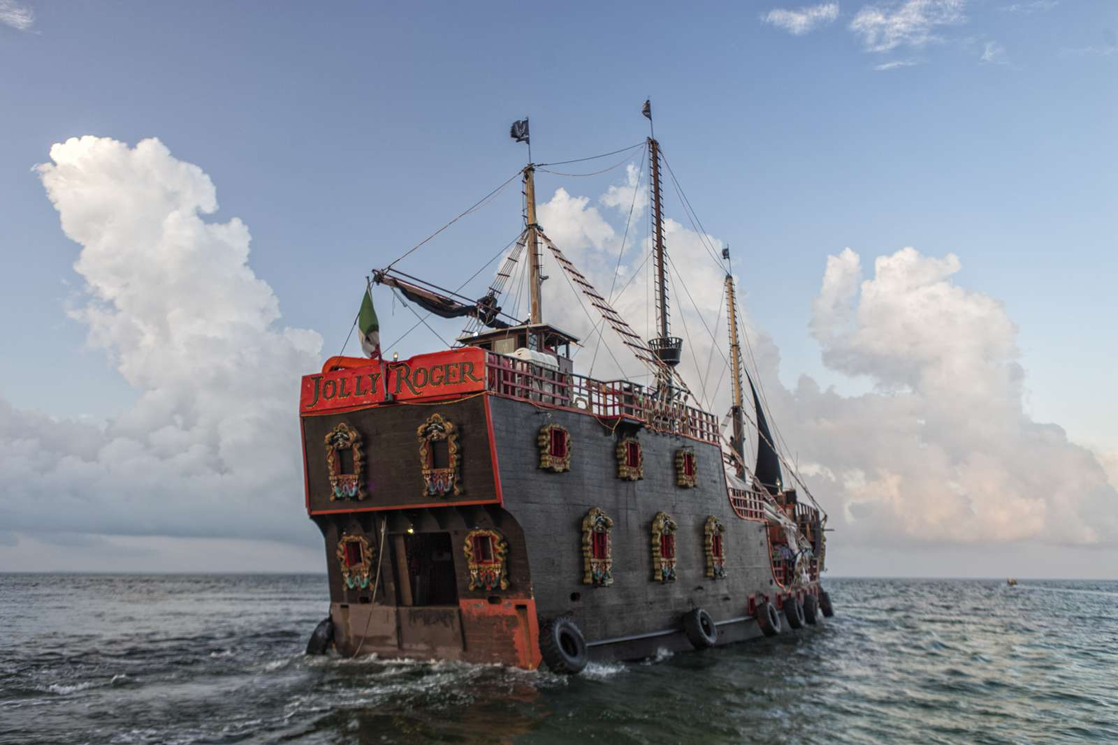 Pirate ship called Jolly Roger, modeled to look like the Santa Maria