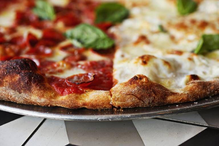 Oakwood Pizza Box