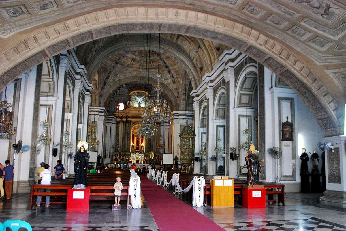 Main interior of San Agustin Church