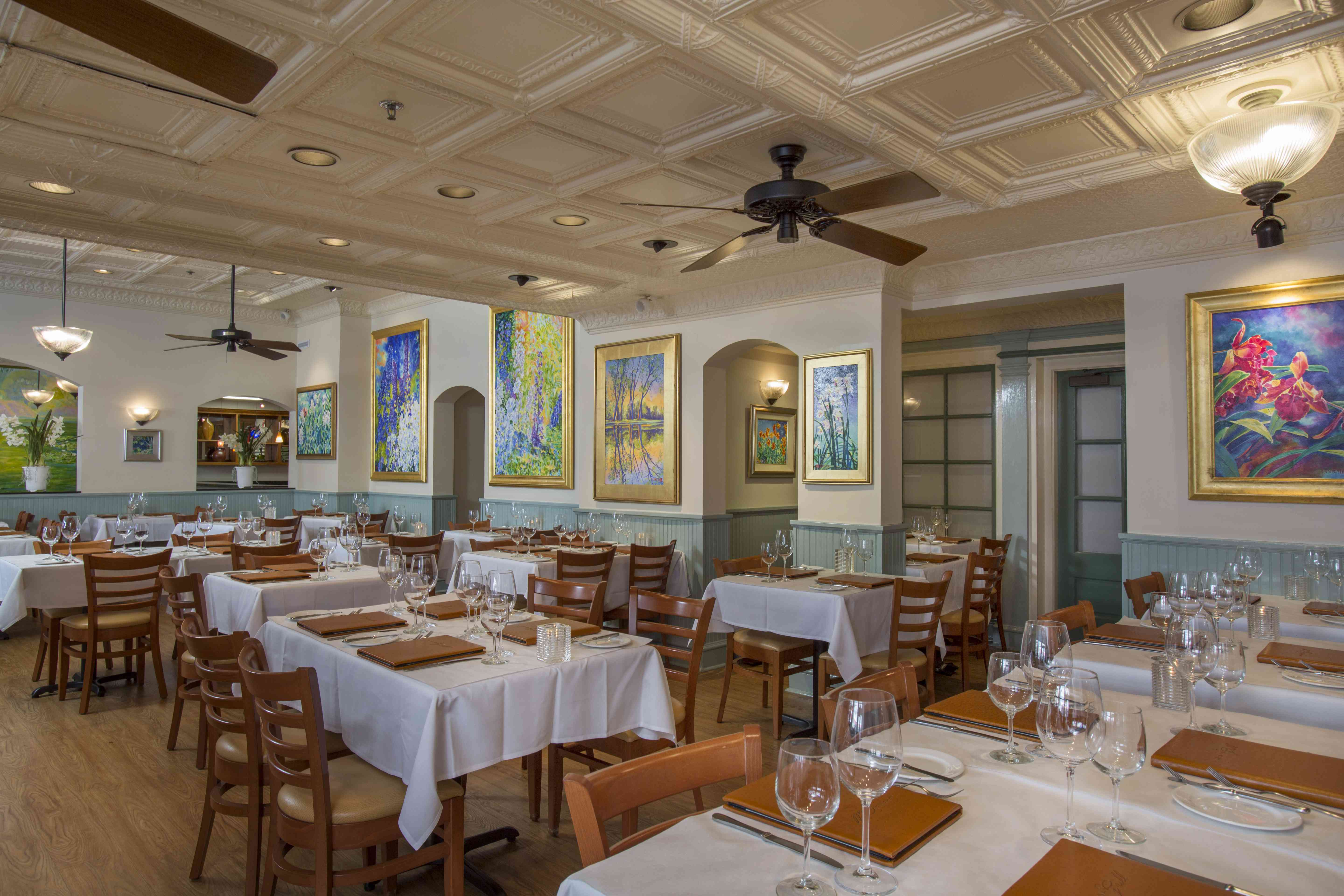 Dining room of Lahaina Grill