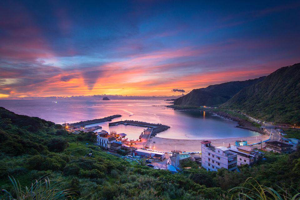 Waimushan coast at dawn