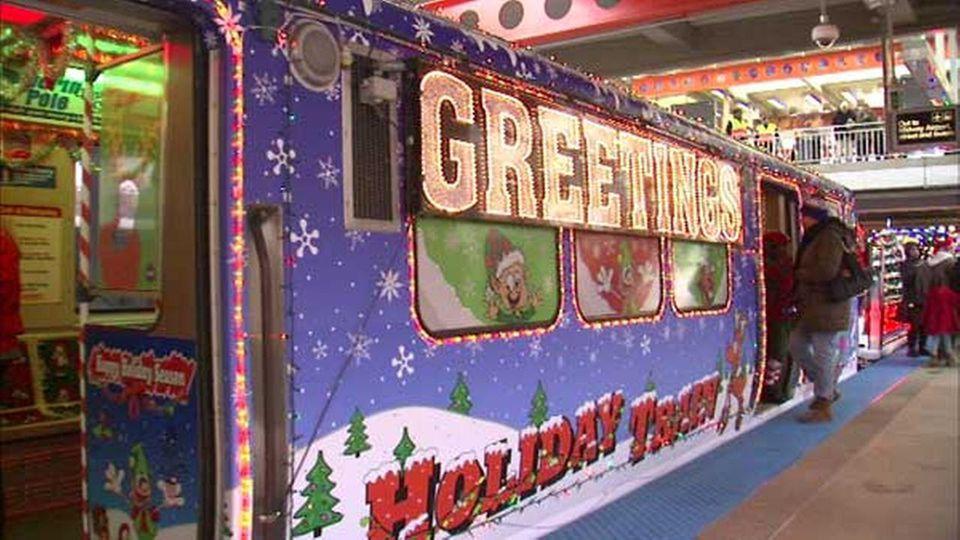 cta holiday buses trains - Christmas Train Chicago