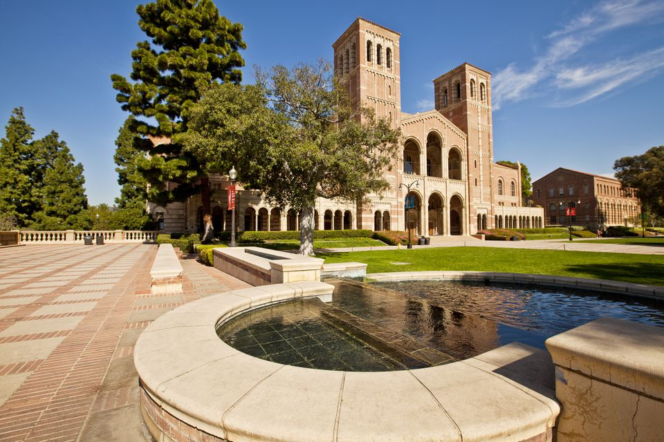 Campus de la Universidad de California, Los Ángeles