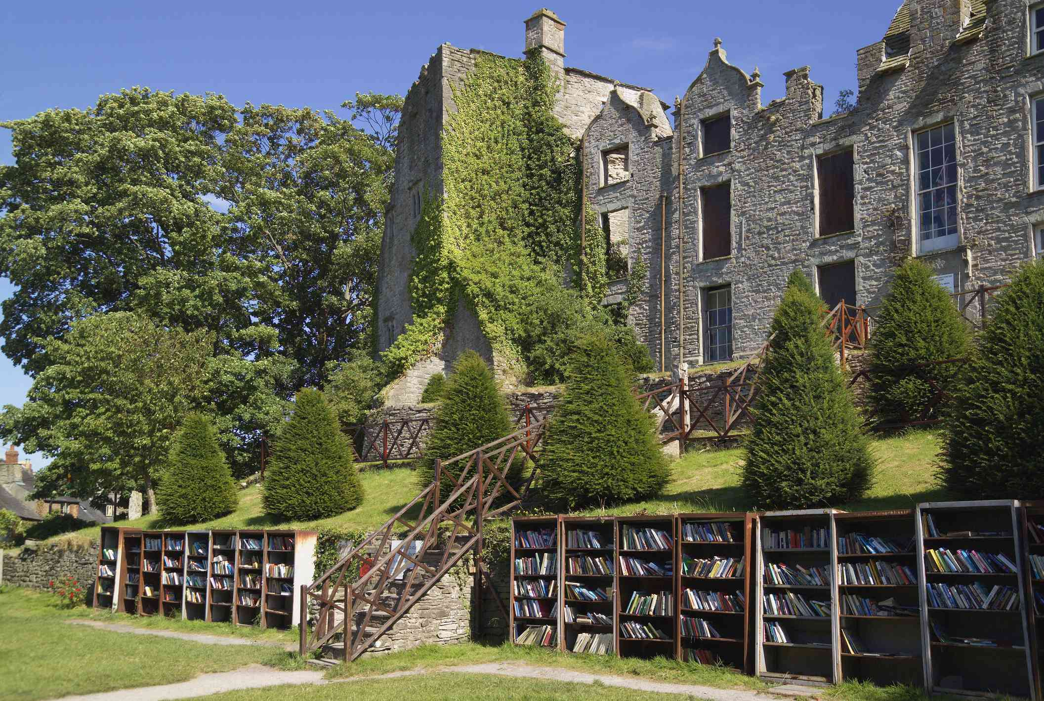 UK, Wales, Powys, Hay-on-Wye, Hay Castle, bookstalls in grounds