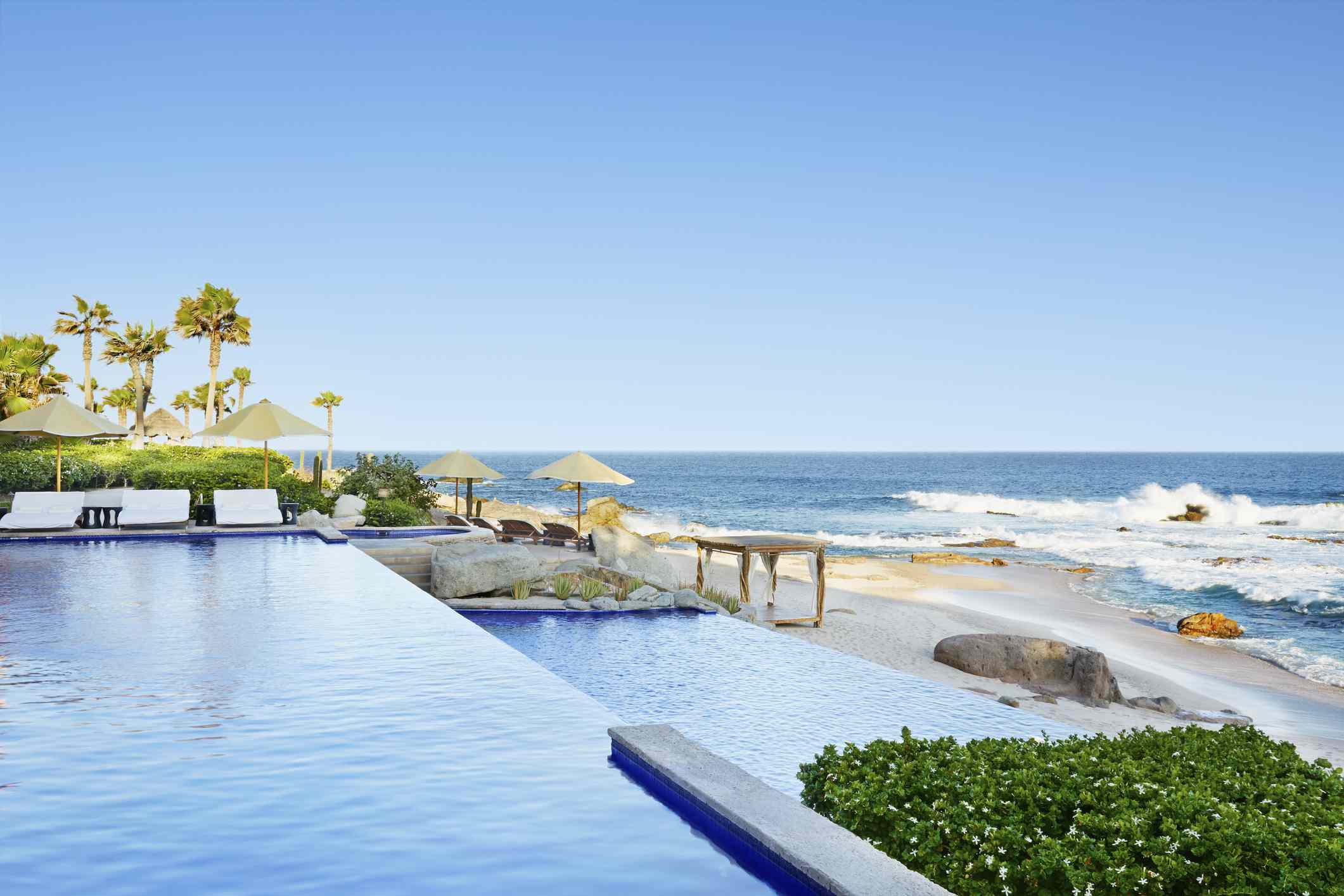 Infinity pool overlooking ocean, Cabo San Lucas, BCS, Mexico
