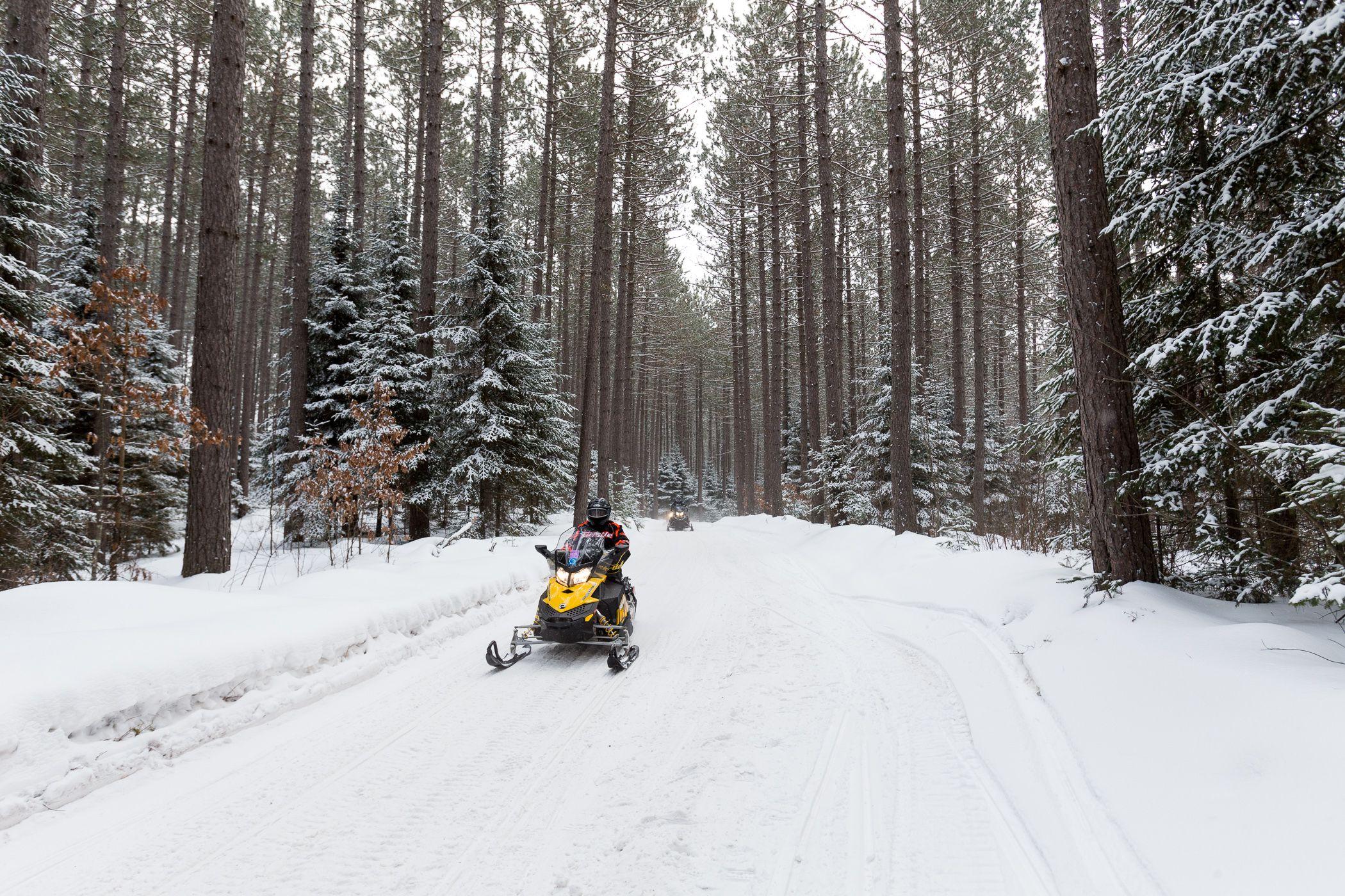Best Ski Resorts And Winter Activities Near Chicago