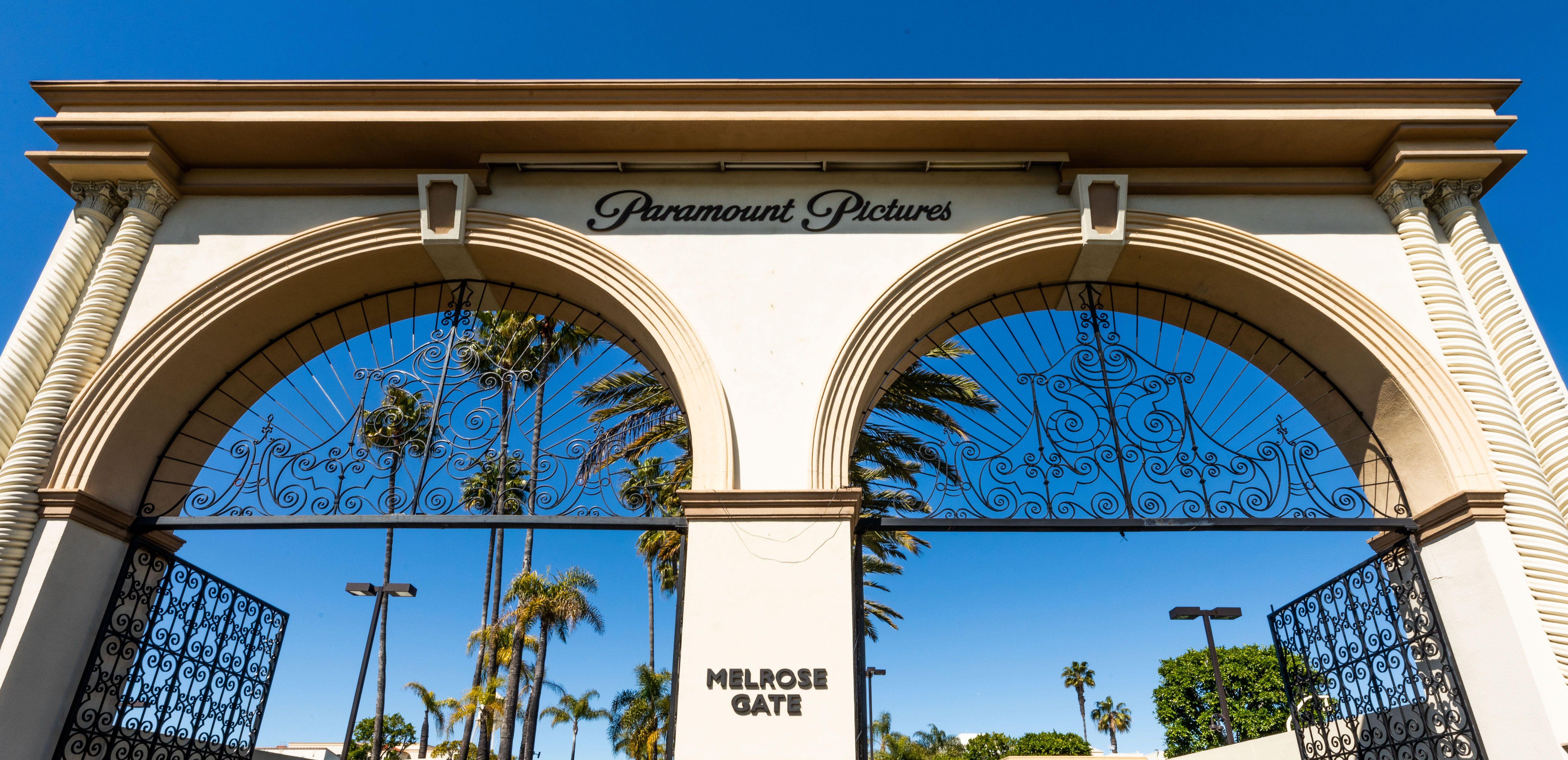 Paramount Studios tour July 2018 - YouTube   Paramount Studios Tour