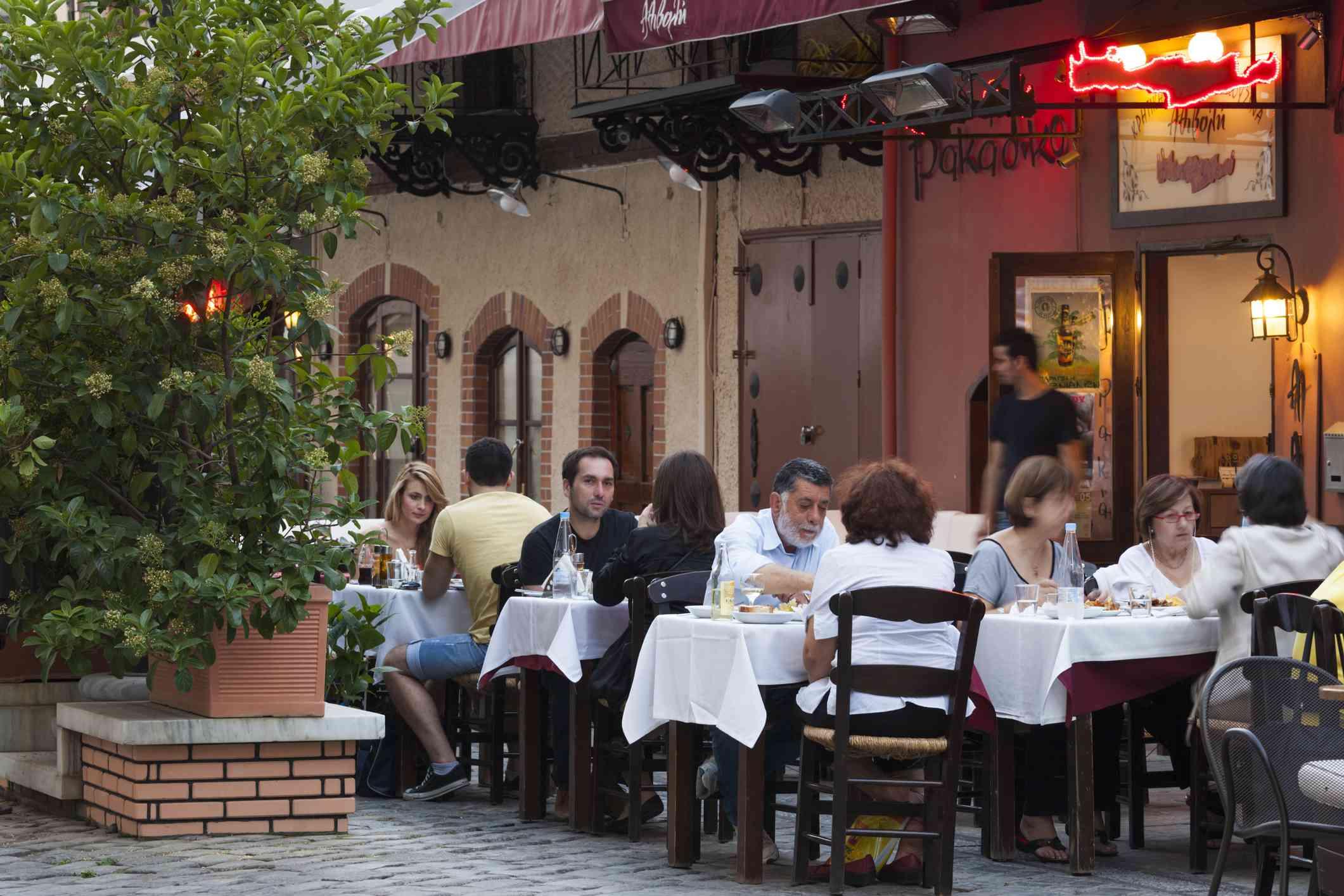 Greece, Central Macedonia Region, Thessaloniki, Ladadika Restaurant District, open air cafe