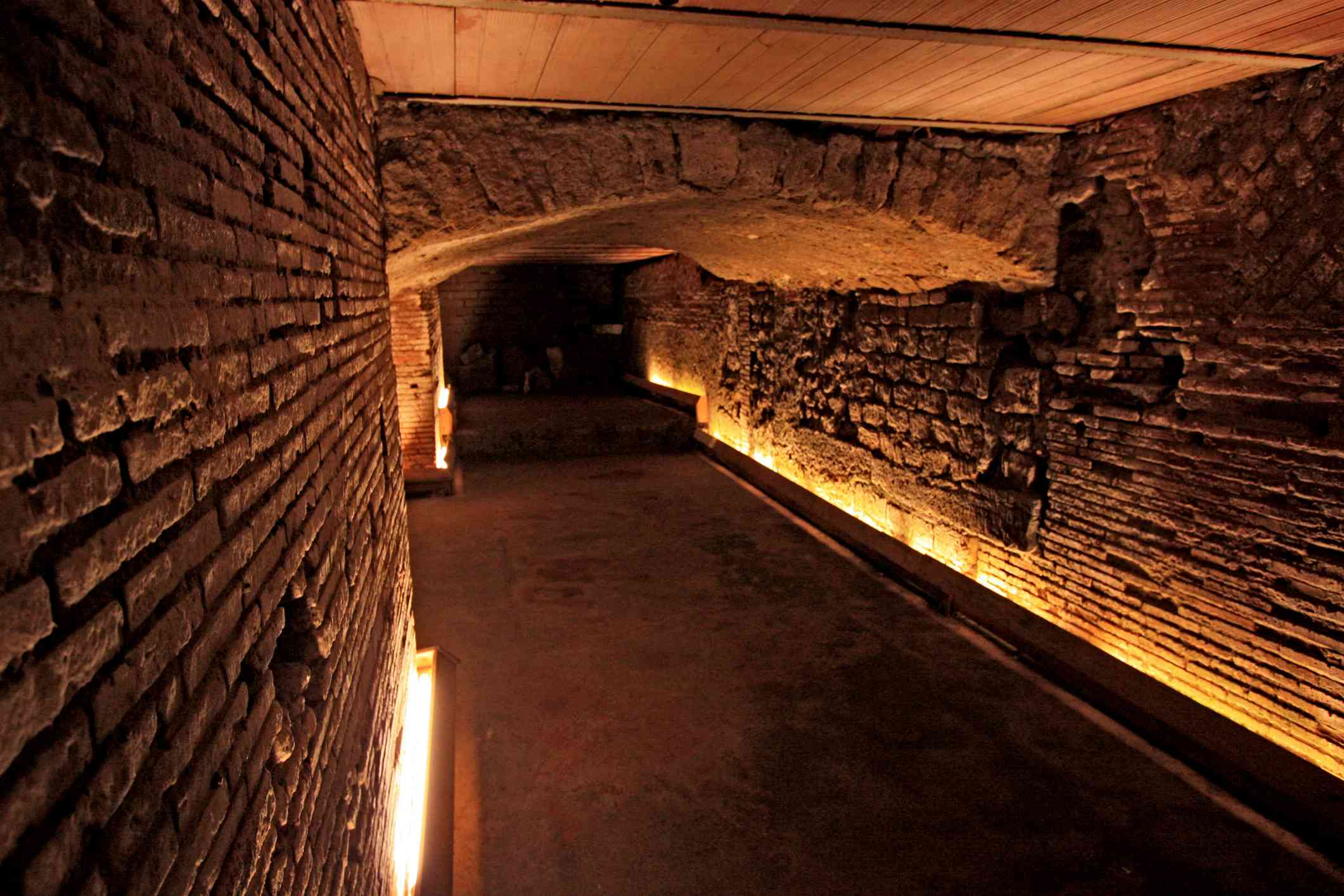A tunnel in Napoli Sottoterranea