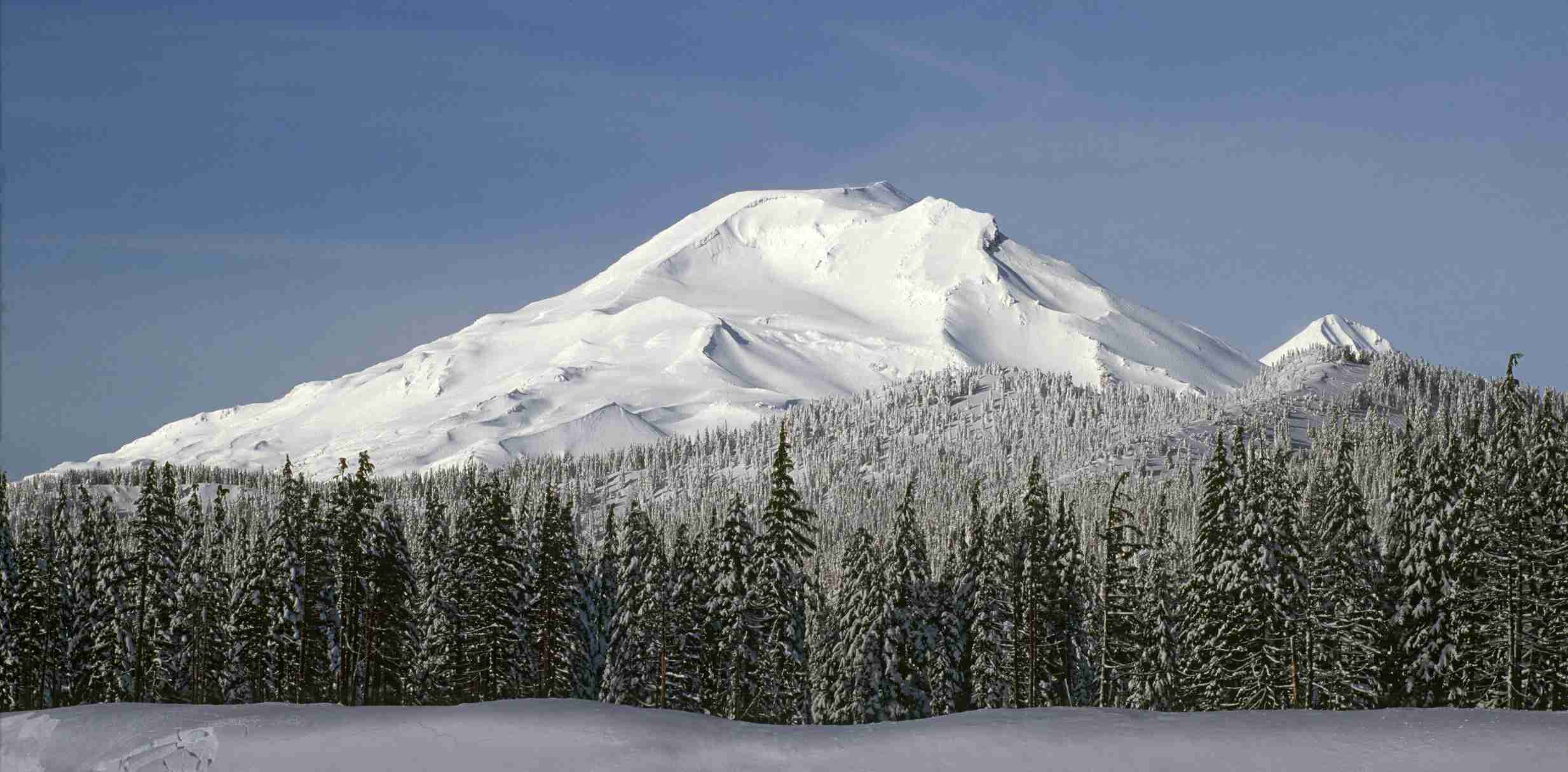 Peaks of the Oregon Cascades
