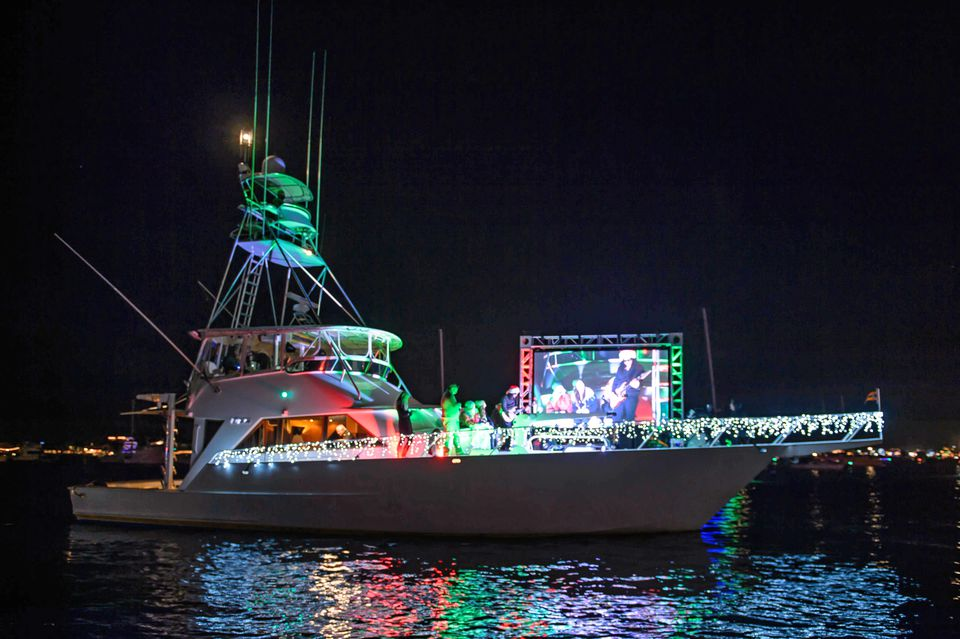 getting to the newport beach christmas boat parade
