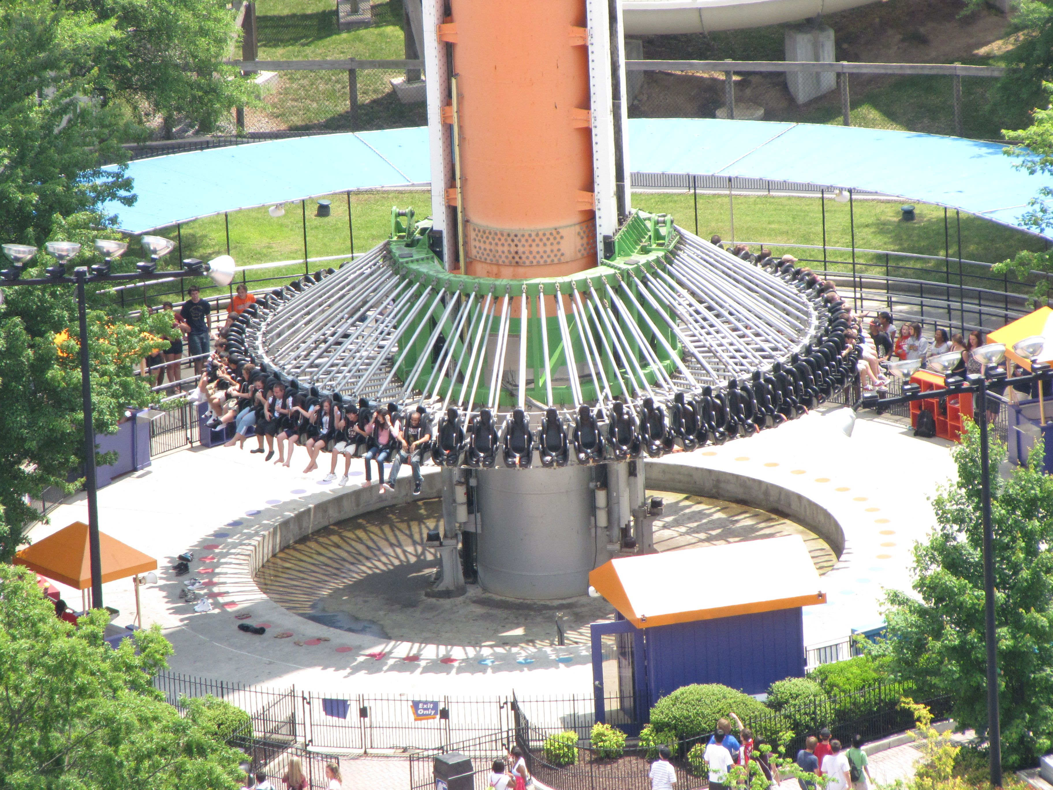 The Drop Tower at Kings Dominion approaches the bottom of its track, and enters the braking phase.
