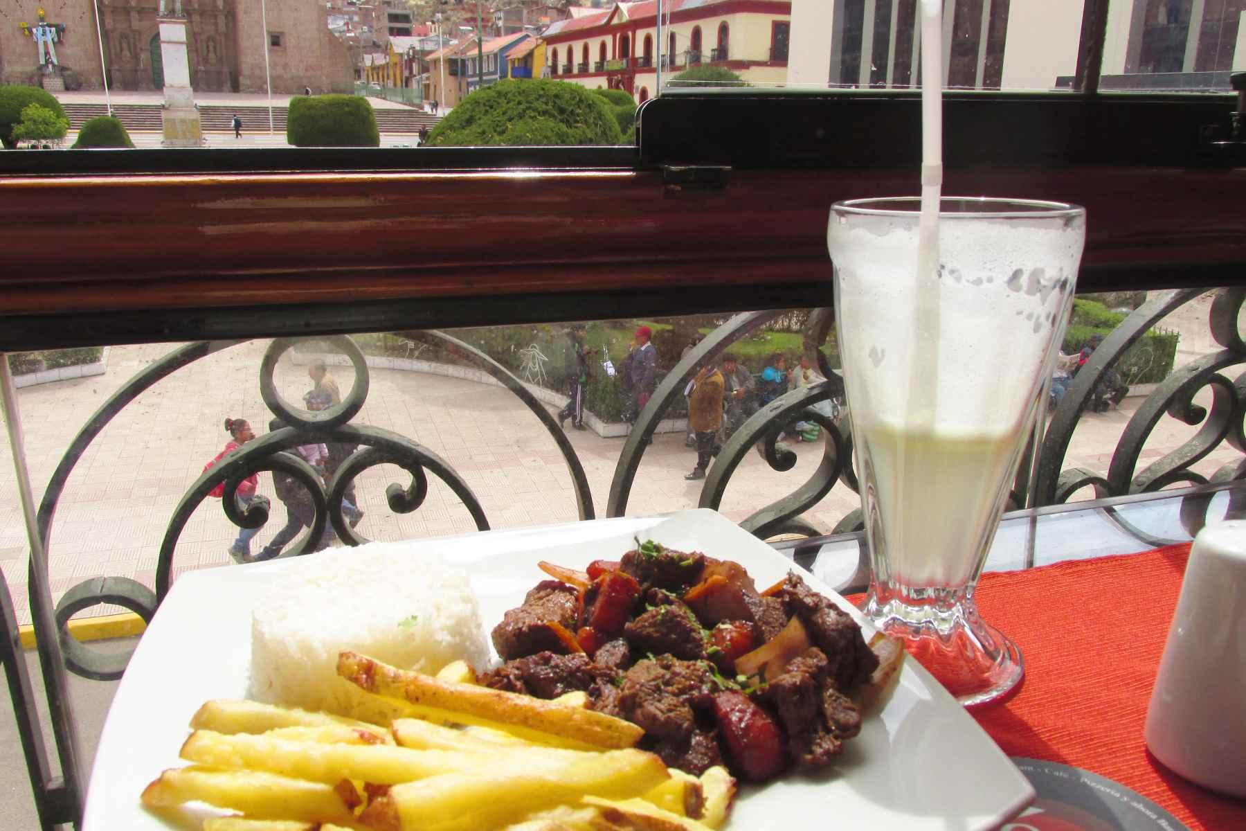 Mojsa restaurant in Puno