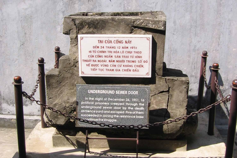 Memorial to Hoa Lo sewer escapees, Hanoi